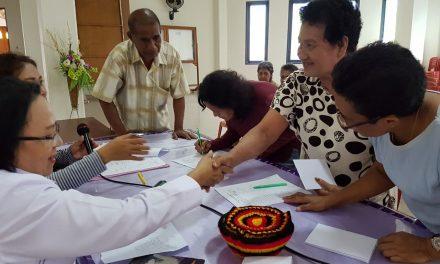 Penyerahan Bantuan Karikatif Jemaat GPM Silo.
