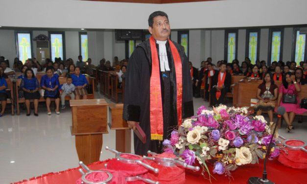 Matatula Dilantik Sebagai Ketua Majelis Silo Ambon