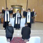 Sekondus : Ny. Nova Djasmita/Risakotta dan Jossi Pattikawa Ditahbiskan menjadi Diaken